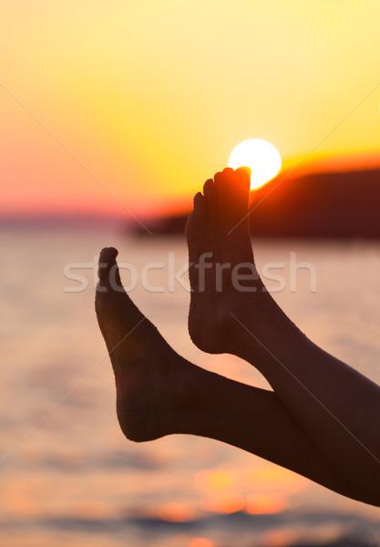 Ayak fetiş güneş oynama perspektif ayaklar Stok fotoğraf © Lighthunter