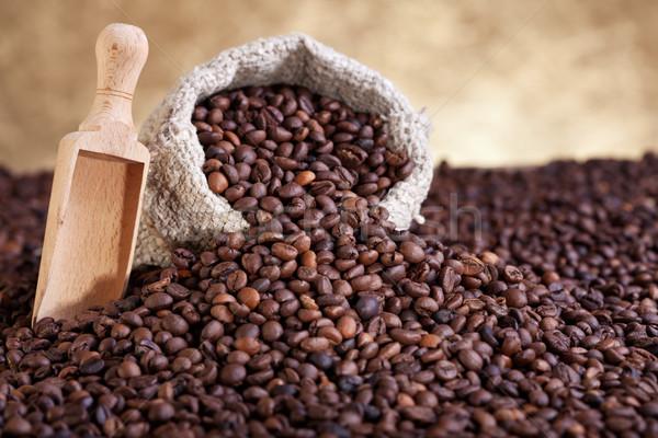 secondary target market pf coffee bean