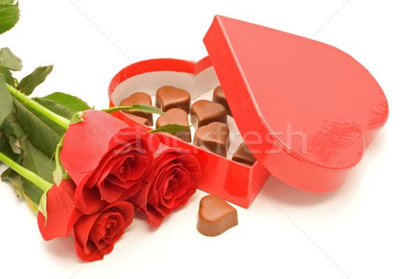роз шоколадом сердце окна красные розы Сток-фото © lightkeeper