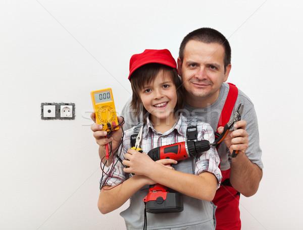 Foto stock: Menino · pai · pronto · eletricidade · trabalhar · branco