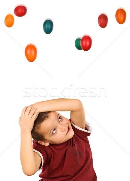 Húsvéti tojás fenyegetés kicsi fiú fej kezek Stock fotó © lightkeeper