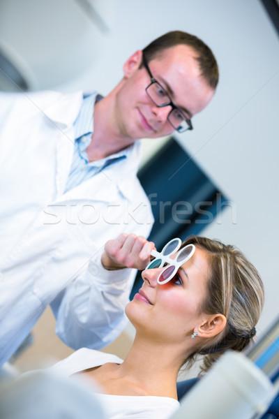 Młody człowiek oczy okulista dość młoda kobieta kobieta Zdjęcia stock © lightpoet