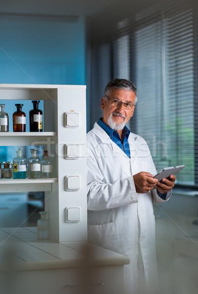 старший химии лаборатория цвета компьютер работу Сток-фото © lightpoet