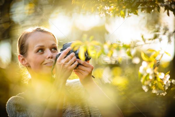 Dość kobiet amator fotograf zdjęć Zdjęcia stock © lightpoet