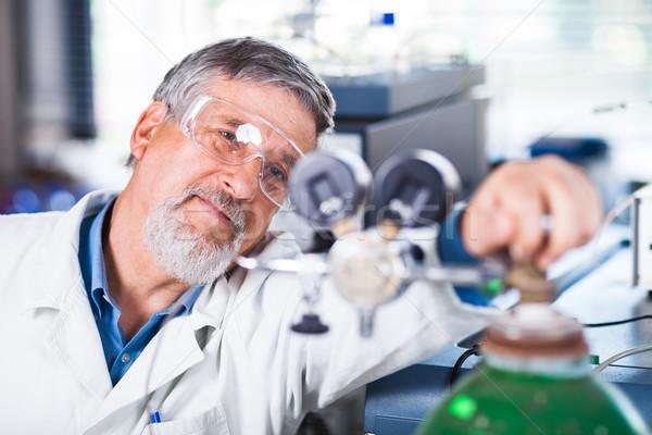 старший мужчины исследователь из научное исследование Сток-фото © lightpoet