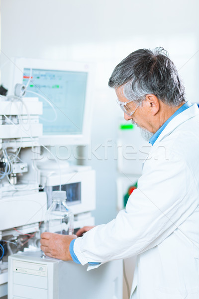 Senior masculino investigador fora pesquisa científica Foto stock © lightpoet