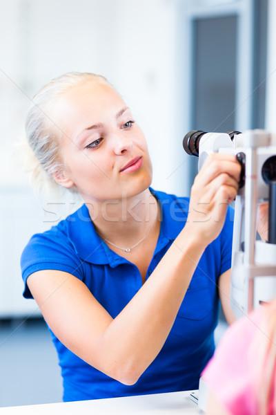 Dość młodych kobiet pacjenta oczy okulista Zdjęcia stock © lightpoet