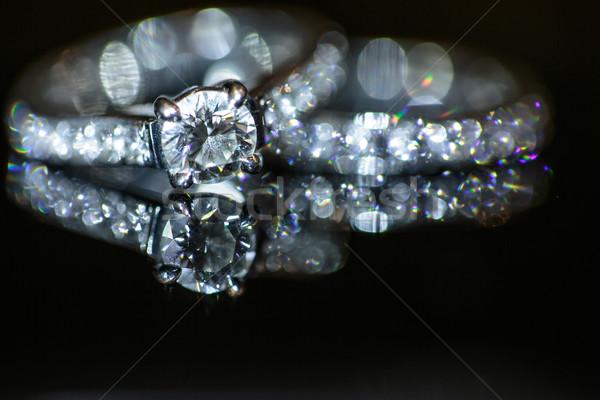 Foto stock: Dos · anillos · de · boda · boda · día · negro · vida