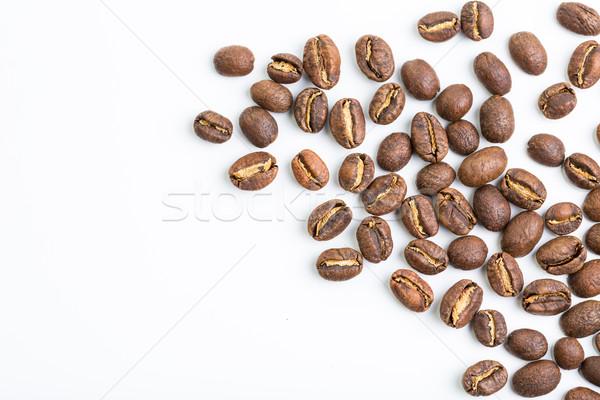 Foto stock: Grãos · de · café · isolado · branco · café · quadro · espaço