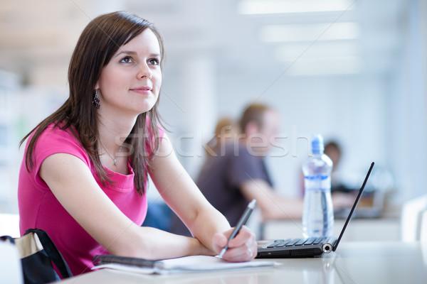 женщины студент ноутбука книгах рабочих школу Сток-фото © lightpoet