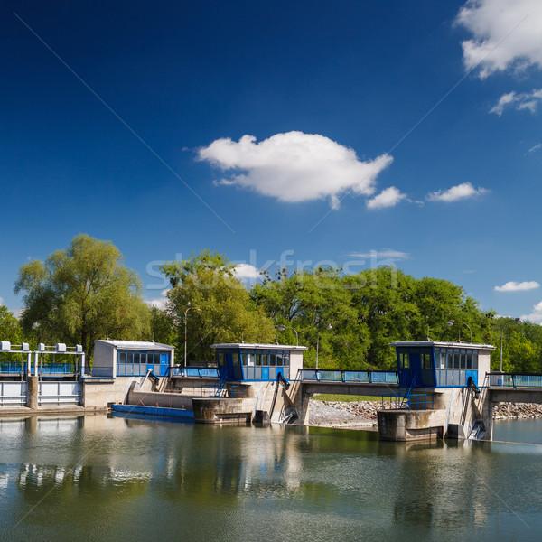 Canal bloqueo río casa ciudad casa Foto stock © lightpoet