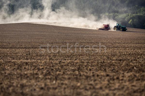 Trekker drogen boerderij veld werk natuur Stockfoto © lightpoet