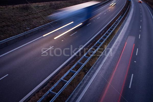 Karayolu trafik hareket bulanık kamyon akşam karanlığı Stok fotoğraf © lightpoet