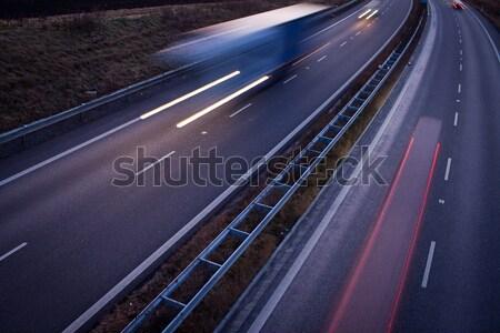 шоссе движения движения расплывчатый грузовика сумерки Сток-фото © lightpoet