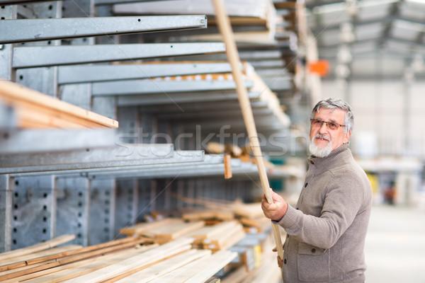 Stock fotó: Férfi · választ · vásárol · építkezés · fa · csináld · magad