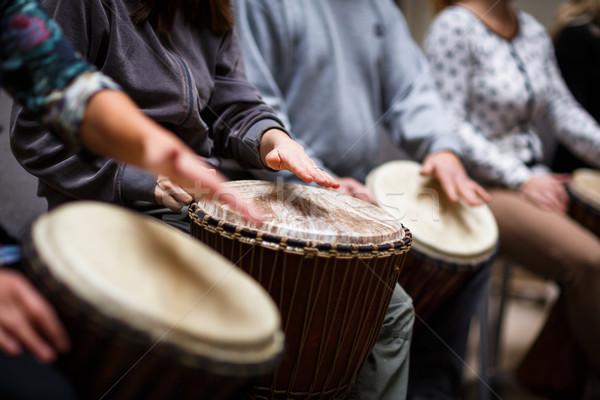 グループの人々  演奏 ドラム 療法 音楽 背景 ストックフォト © lightpoet