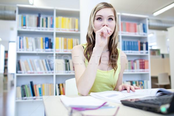 Stockfoto: Bibliotheek · mooie · vrouwelijke · student · laptop · boeken