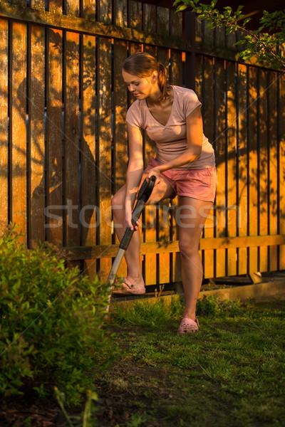 かなり 女性 植木屋 庭園 ケア ストックフォト © lightpoet
