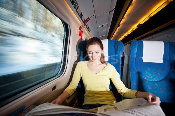 Jonge vrouw trein business meisje winter Stockfoto © lightpoet