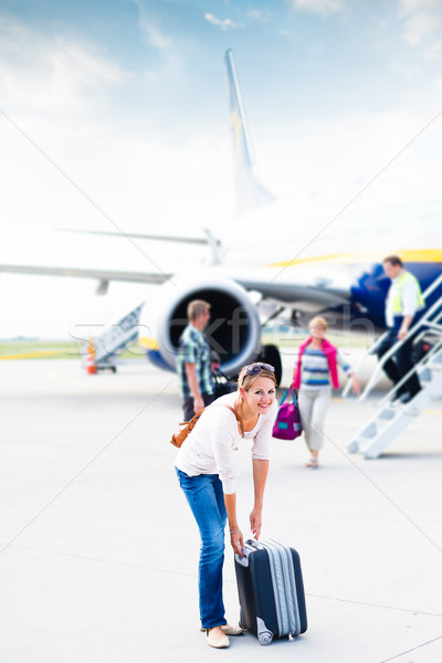 Photo stock: Jeune · femme · aéroport · avion · affaires · fille · Voyage