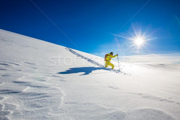 Stockfoto: Hoog · hoogte · berg · ontdekkingsreiziger · lopen · diep