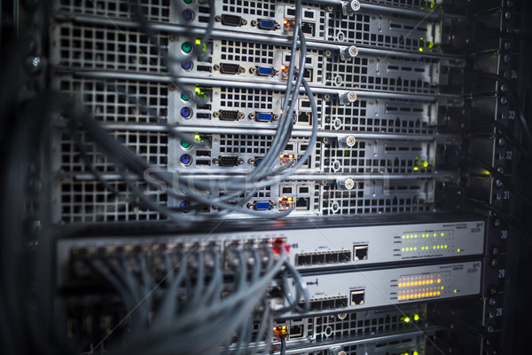 Rack de servidores centro de datos superficial color Foto stock © lightpoet