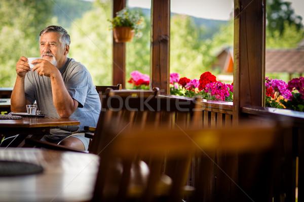 Сток-фото: красивый · старший · человека · утра · кофе