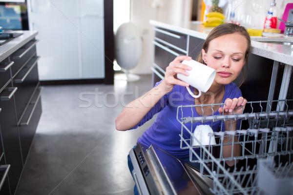 かなり 若い女性 現代 も キッチン カップ ストックフォト © lightpoet