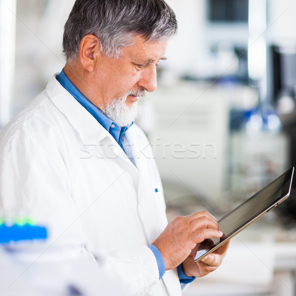 Zdjęcia stock: Starszy · pracy · kolor · komputera · medycznych