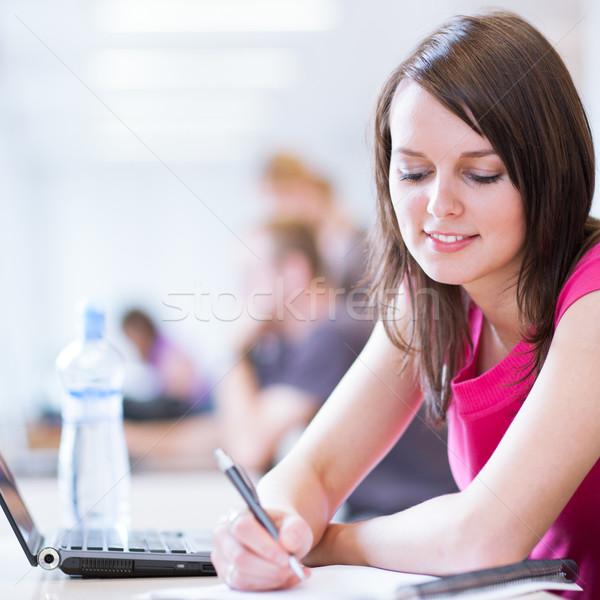 Сток-фото: библиотека · довольно · женщины · студент · ноутбука · книгах