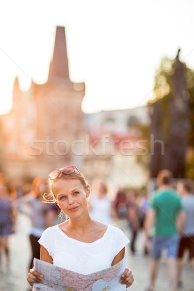 ストックフォト: かなり · 小さな · 女性 · 観光 · 勉強 · 地図