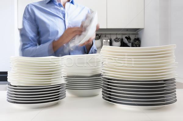 Yıkamak bulaşık adam mutfak ev plaka Stok fotoğraf © limpido