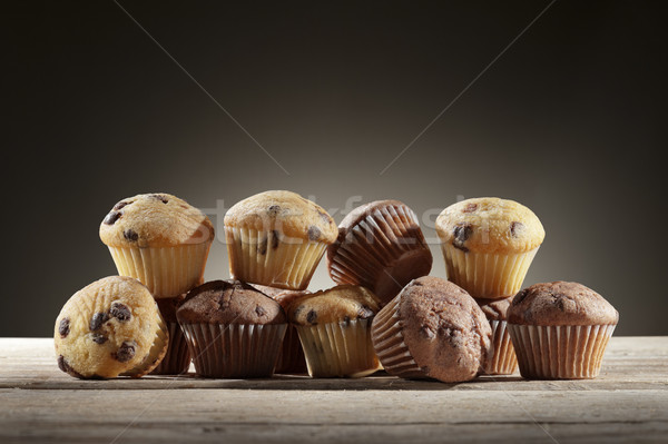 çörek küçük ahşap masa gıda kek Stok fotoğraf © limpido