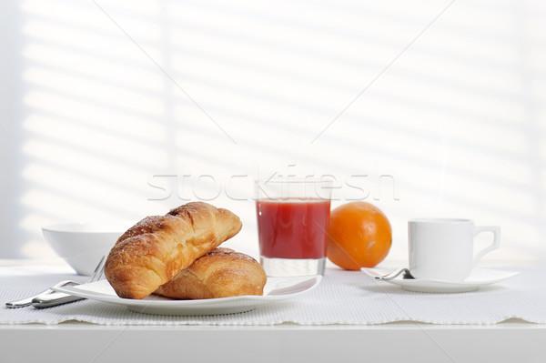 Colazione continentale fresche cornetto caffè succo d'arancia alimentare Foto d'archivio © limpido