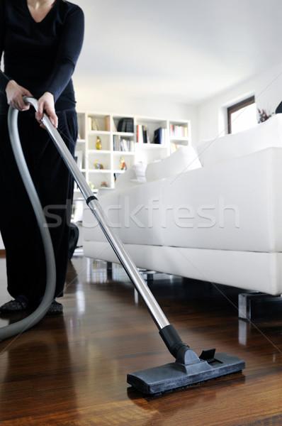 Сток-фото: пылесос · женщину · полу · дома · комнату · интерьер
