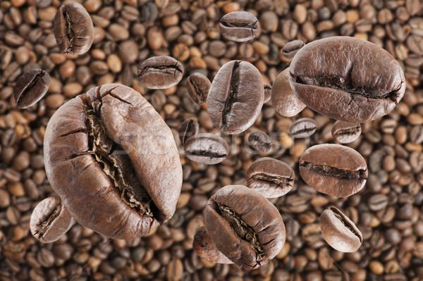 Kahve kahve çekirdekleri yağmur tohum fasulye düşen Stok fotoğraf © limpido