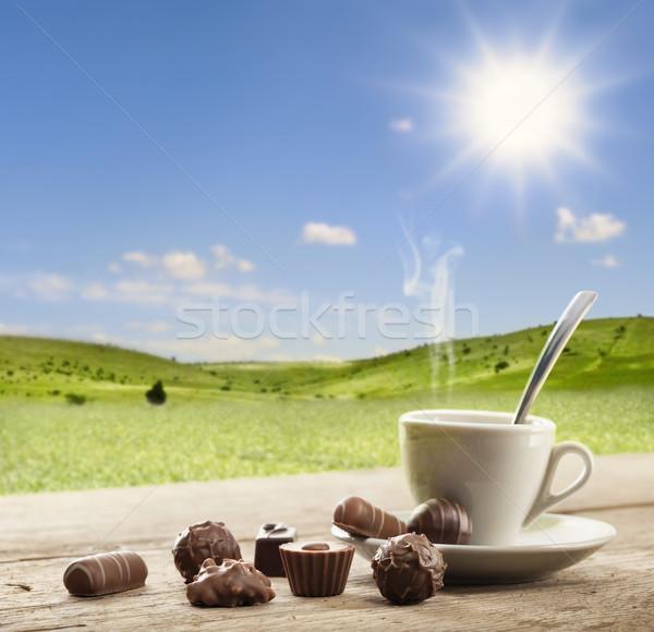 şekerleme fincan kahve güneşli manzara çikolata Stok fotoğraf © limpido