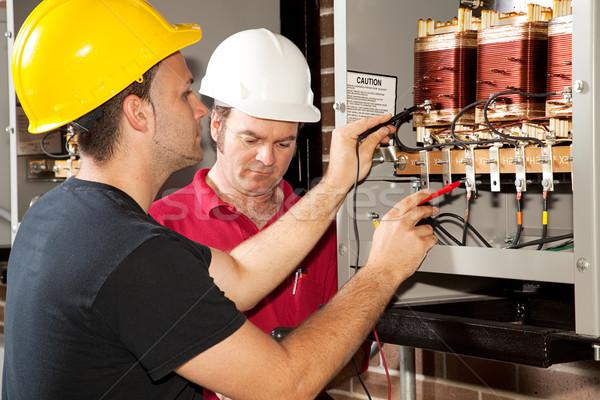 Formation électricien apprenti industrielle pouvoir Photo stock © lisafx