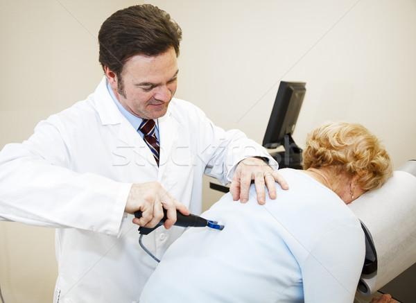 Modernes chiropraticien ordinateur technologie Photo stock © lisafx
