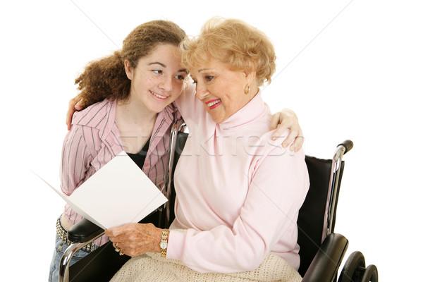 Saluto nonna nonna teen girl lettura bene Foto d'archivio © lisafx