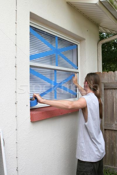 Teen Windows tape gebroken glas hout Stockfoto © lisafx