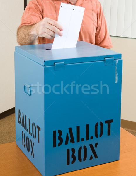Választás szavazócédula közelkép kéz doboz gép Stock fotó © lisafx