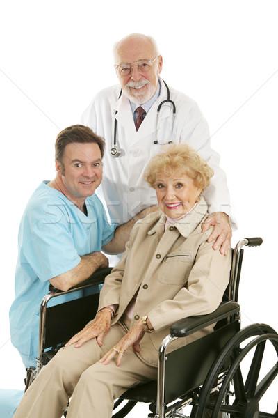 Stok fotoğraf: Doktor · hemşire · hasta · kıdemli · bayan · tekerlekli · sandalye