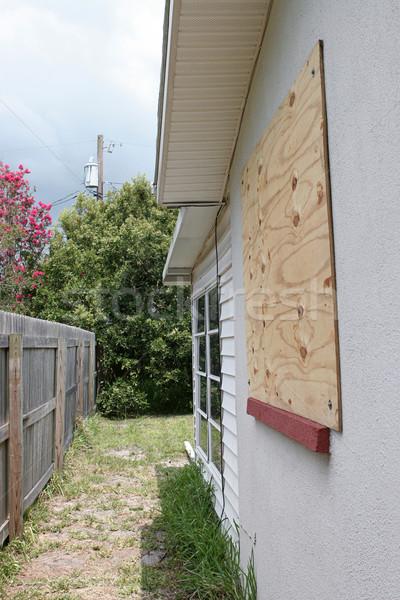 Okno burzy ochrony domu sklejka przygotowanie Zdjęcia stock © lisafx