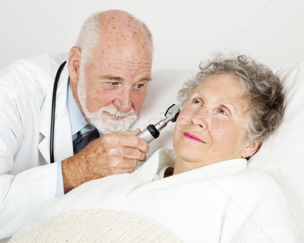 Médico orelhas hospital ouvido canal mulher Foto stock © lisafx