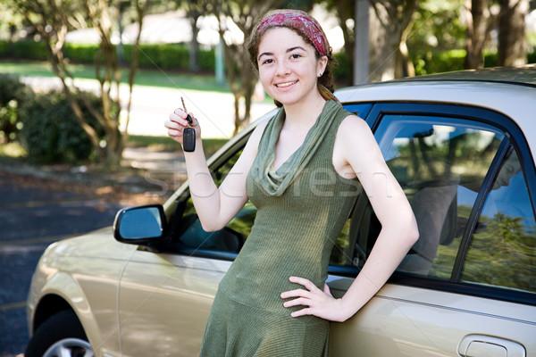 Tienermeisje mooie autosleutels Stockfoto © lisafx