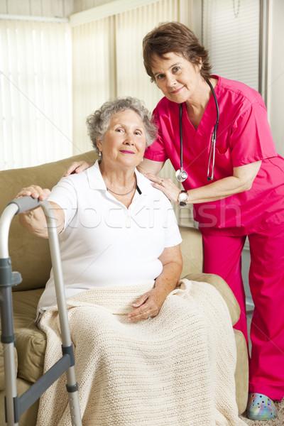 Aposentadoria dignidade senior mulher casa de repouso Foto stock © lisafx