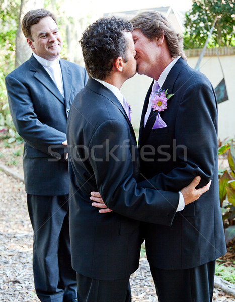 свадьба поцелуй два министр однополые браки церемония Сток-фото © lisafx