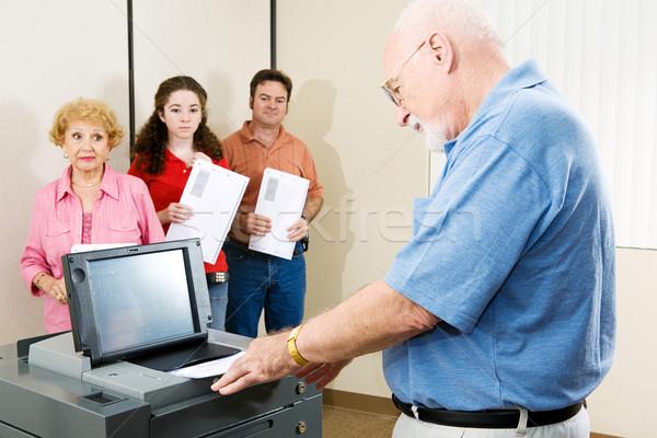 старший человека голосование оптический женщину технологий Сток-фото © lisafx