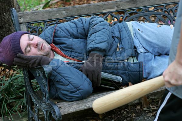 Senzatetto uomo indifeso dormire teen bat Foto d'archivio © lisafx